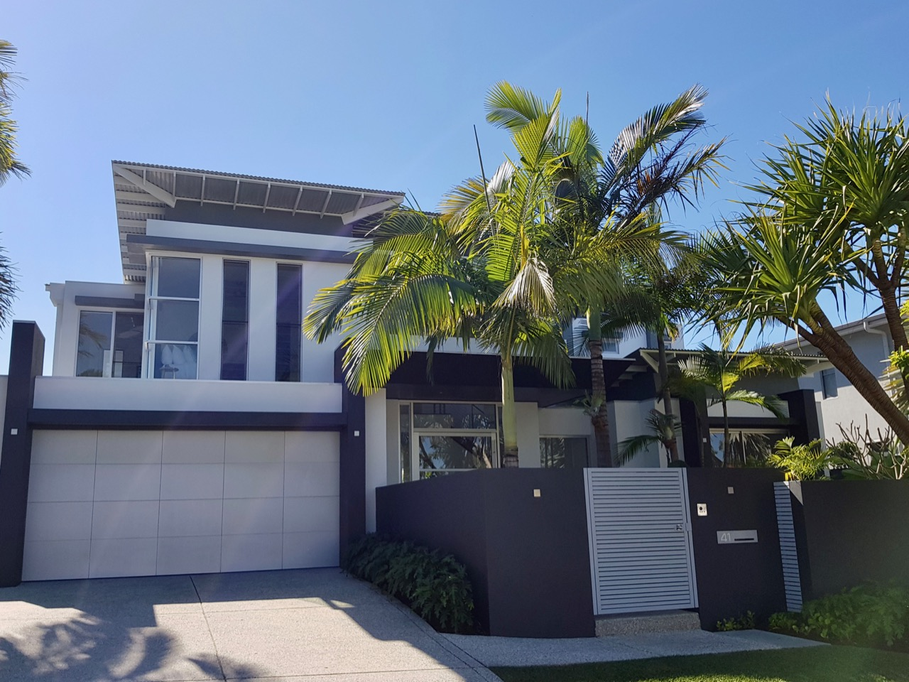 Createx-Colour-and-Design-Sunshine-Coast-exterior-colour-examples-1