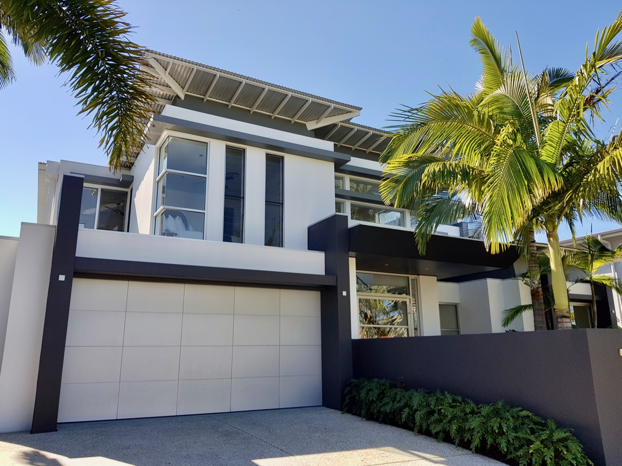 Createx-Colour-and-Design-Sunshine-Coast-exterior-colour-examples-2