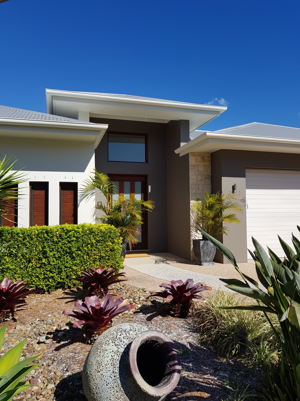 Createx-Colour-and-Design-Sunshine-Coast-exterior-colour-examples-6
